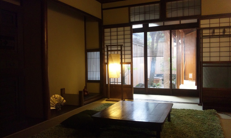 京都府には違法民泊が4割程度存在していた!
